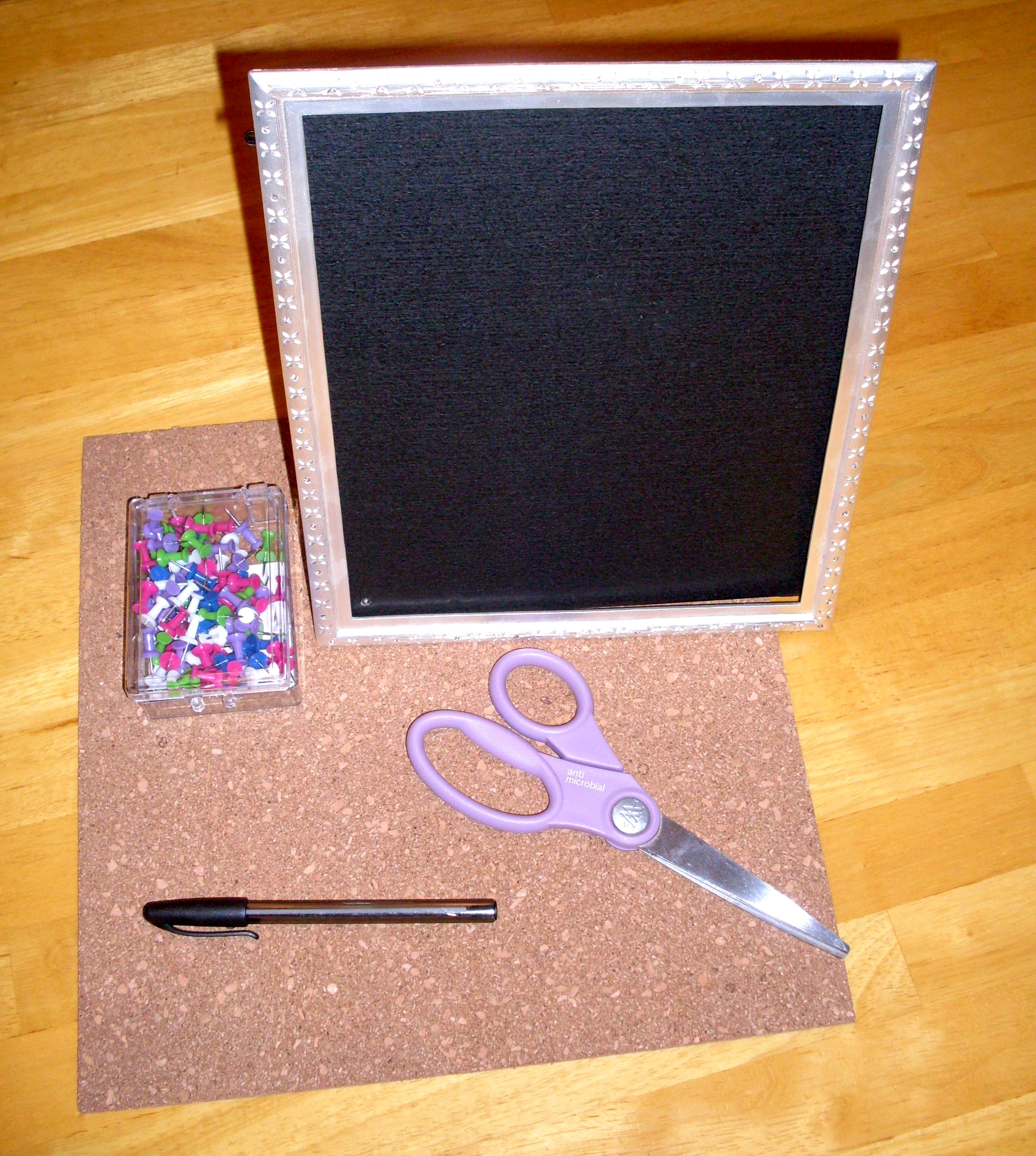 jewelry-frame-supplies